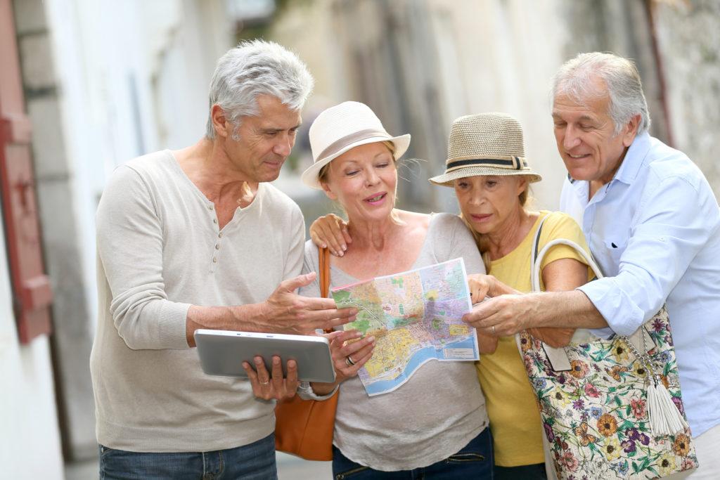seniors-traveling